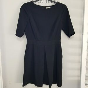 Black sleeve dress
